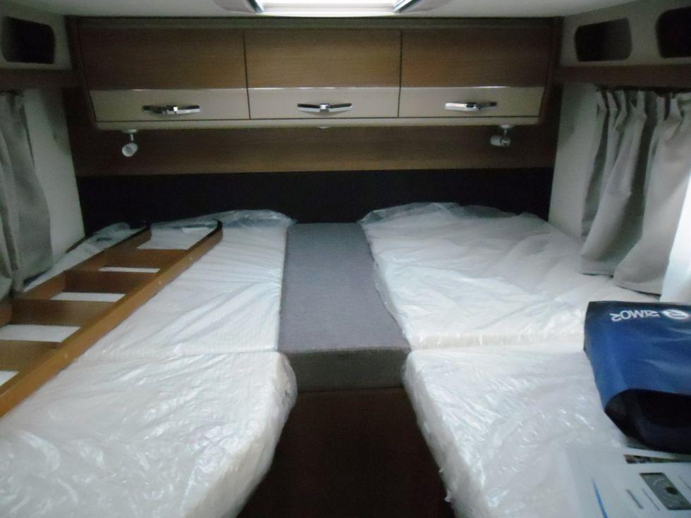 camping car knaus van i 650 meg - toulon