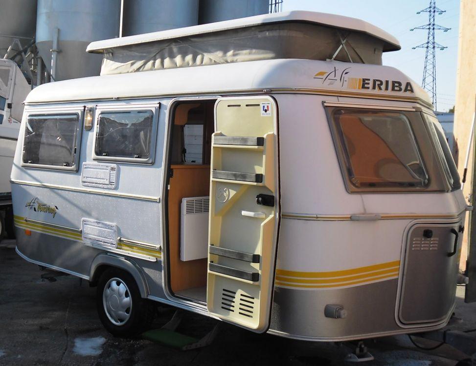 caravane eriba triton 98 achat de camping car neuf et occasion sur toulon ambiance loisirs. Black Bedroom Furniture Sets. Home Design Ideas