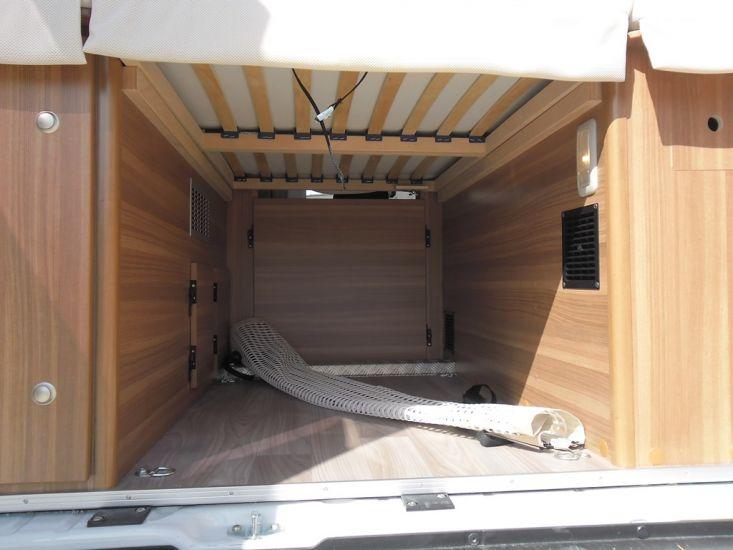 fourgon weinsberg carabus 601 mq  u00e9dition fire